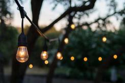 Gartenbeleuchtung – sorgen Sie für eine tolle Atmosphäre in Ihrem Garten