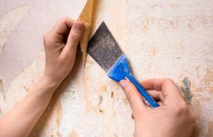 Alte Tapete entfernen und entsorgen: Tipps und Tricks